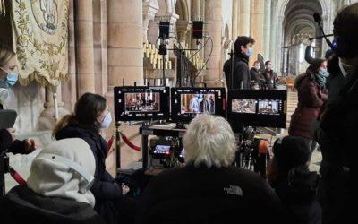 Notre Responsable Communication figurante dans le film Notre Dame Brûle, tourné à Sens !